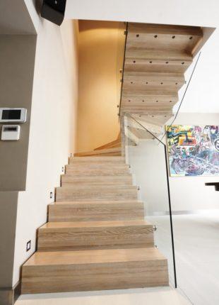 szklane balustrady na schody