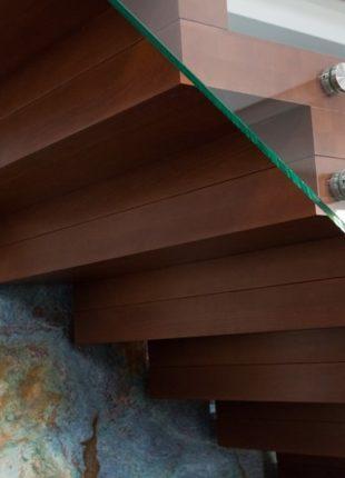 Szklane wewnętrzne balustrady